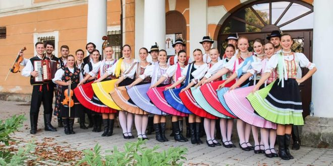 Zlatomoravecké folklórne slávnosti 2016