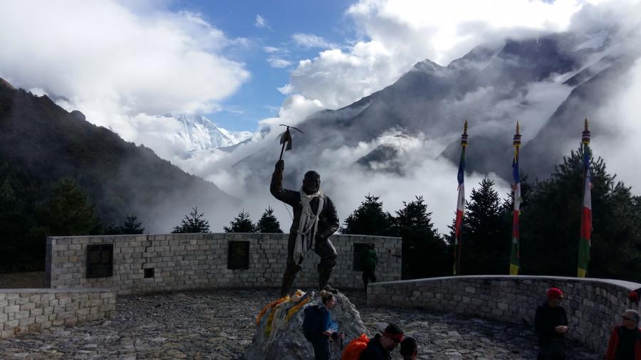 Tenzing Norgay - šerpa, ktorý žil len pre Mount Everest (Michal Cimmermann)