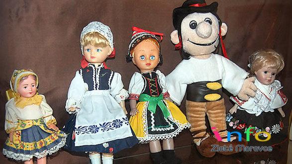 Výstava bábik Jaroslava Burjaniva